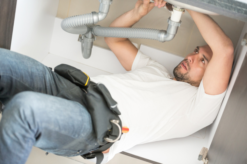 Plumbers are hard to find says survey