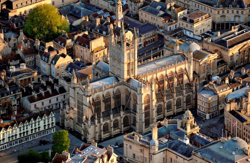 Dunham-Bush provides new heaters to Bath Abbey