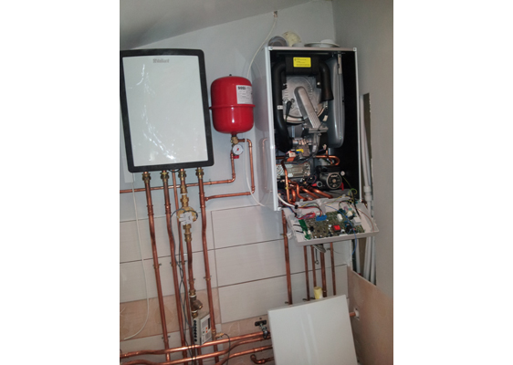 Vaillant hybrid system featured in BRE showcase home
