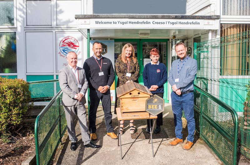 Viessmann helps bring beehives to Welsh schools