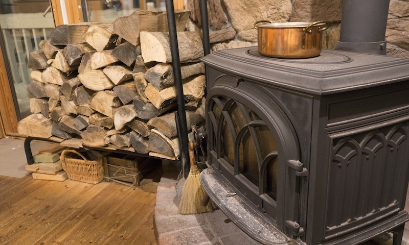 Survey highlights need for advice when buying a wood burning stoves