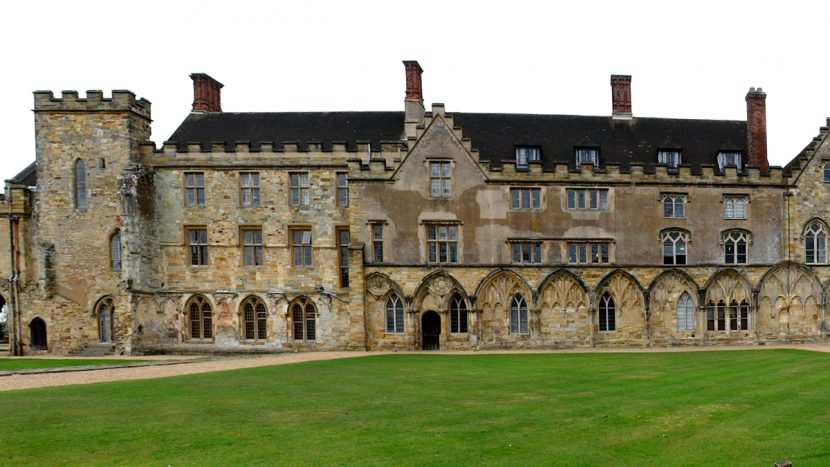 Heating historic East Sussex school