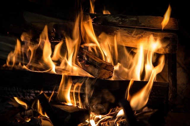 HETAS welcomes new law on cleaner solid fuels